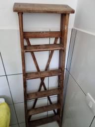 Escada de madeira 5 degraus