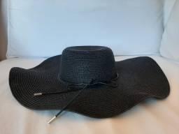 Chapéu fashion grande