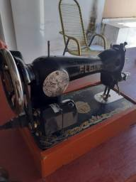 Vendo máquina de costura Elgin eletrica