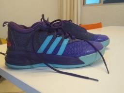 Tênis Adidas nº 40 Cano Médio