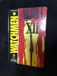 Livro Watchmen- Alan Moore e Dave Gibbons