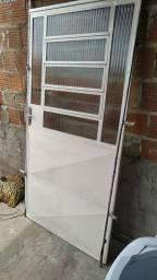 Porta de Ferro 208/0,98 cm