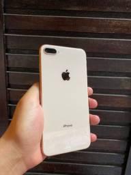 Iphone 8 PLUS (vitrine)
