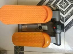 Bicicleta ergométrica e elíptico para física