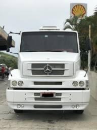 Caminhão Mercedes - 2010