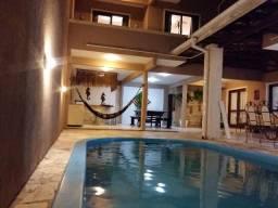 Casa 6 quartos com piscina e mesa de sinuca