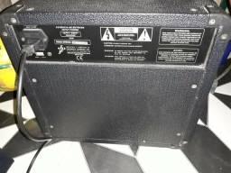 Cubo Meteoro MB-15 Bass Amplifier (Para Conta-baixo)