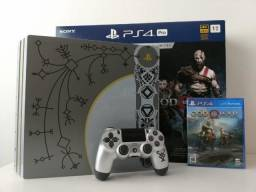 Console PS4 Pro 1tb God of War novo