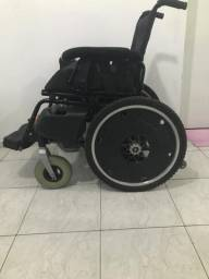 Cadeira de Rodas Motorizada - 2010