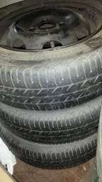 3 rodas com pneu aro 13 165/70 R13