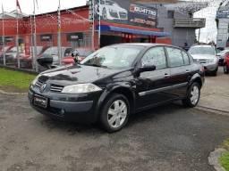 Renault - Megane Sedan Dynamique 2.0 Aut. - Impecavel - Repasse - Financio 100% - 2007