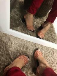 Sandália de oncinha