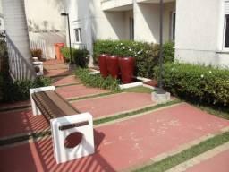 Apartamento à venda, 54 m² por R$ 320.000,00 - Jardim Flórida - São Roque/SP