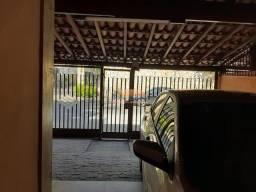 Casa de 4 quartos com duas vagas no bairro Itapoã em Belo Horizonte/MG