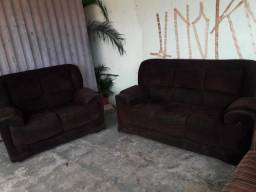 Sofa de Dois e Tres Lugares Usados