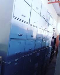 Arquivos de aço usados..