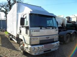 Caminhão ford cargo E 815 2012