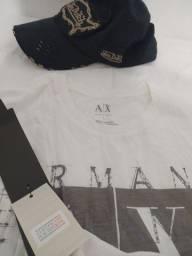 Camiseta Armani / boné Von Dutch originais