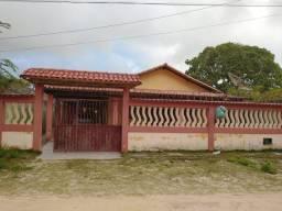 Vendo linda casa na praia de NOVA VIÇOSA Bahia .