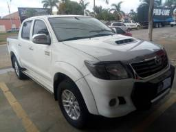 Toyota Hilux ano 2013