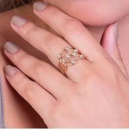 Vendo anel Rommanel . Nunca usado