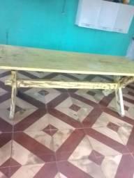 Mesa grande e bem conservado vou mudar e ela não cabe