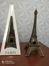 Torre Effeil em metal 18 cm