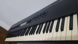 Teclado Alesis Quadra Sinth plus piano