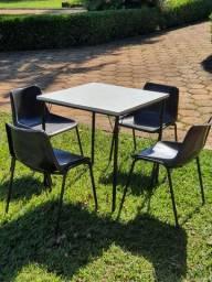 20 Conjuntos de  mesas e cadeiras