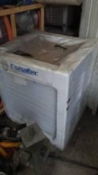 Freezer Esmaltec AFN 250