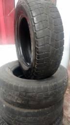 Pneu 205/70 R15 Pirelli Scorpions