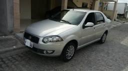 Siena essence 1.6 completo ano 2011/2012 - 2011