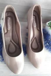 Sapato de Salto Picadilly