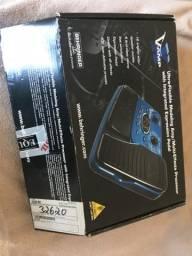 Pedaleira X V-AMP Behringer na caixa Fantastica