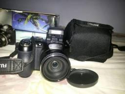 Câmera semi profissional em ótimo estado