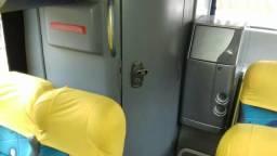 Ônibus Gv 1050 2011 Scania k 310