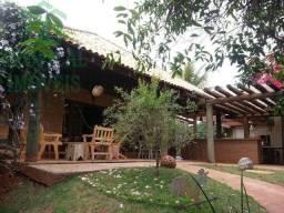 Casa com 3 pavimentos - Jd Cidade Monções