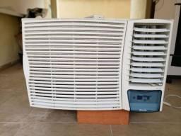 Ar condicionado Springer 18.000 btus quente e frio