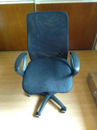 Cadeira p escritório c elevação de altura