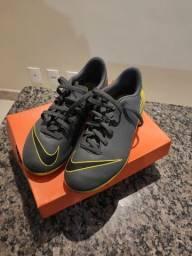 Chuteira Nike Mercurial N° 35