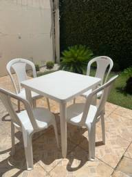 Jogo de 6 Cadeiras Tramontina + Mesa desmontável
