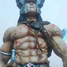 Escultura: Conan o Bárbaro, em resina e medindo 28 cm