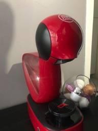 Título do anúncio: Cafeteira De`Longhi Nescafé Dolce Gusto Infinissima Vermelha