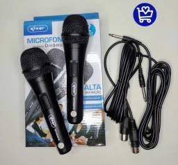 2 microfones com cabo
