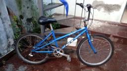 Bicicleta GT aro 24 década de 90