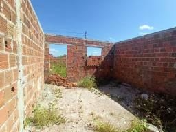 Lote 6x27.5 Casa em acabamento repasse 5 min do centro de Maracanaú