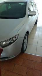 carro Cerato
