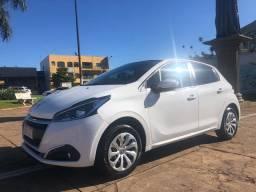 Peugeot / 208 - 2017