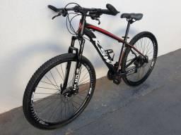 Bicicleta alumínio Aro 29 24 marchas freio hidráulico