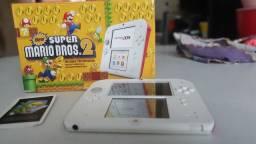Nintendo 2ds em ótimo estado com a caixa